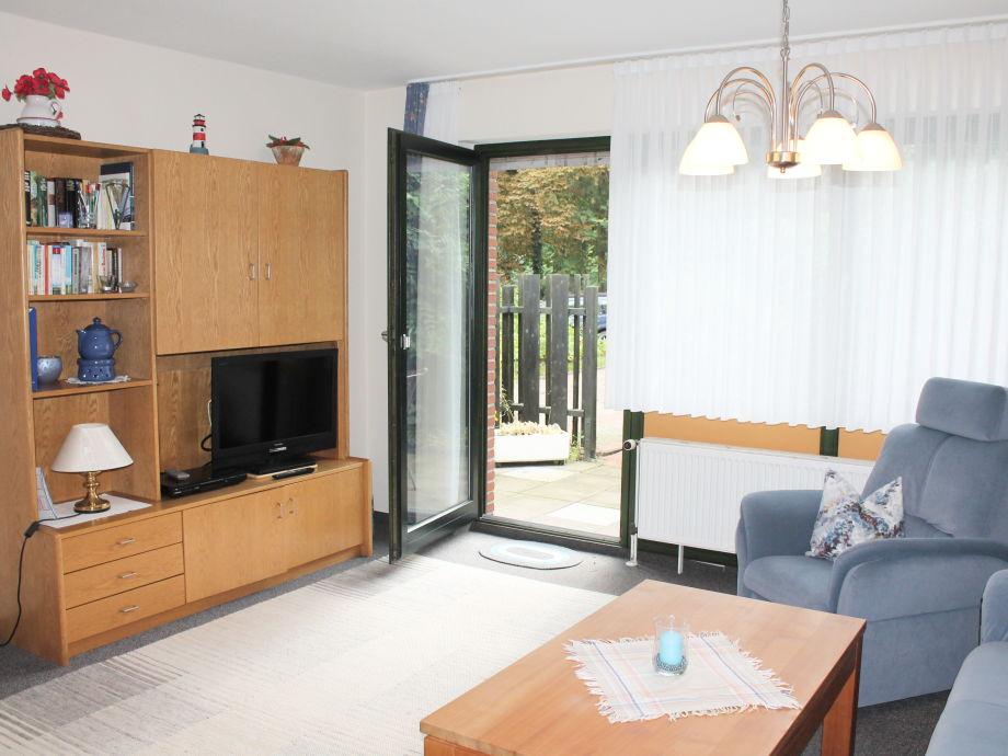 Wohnzimmer; Ausgang zur Terrasse