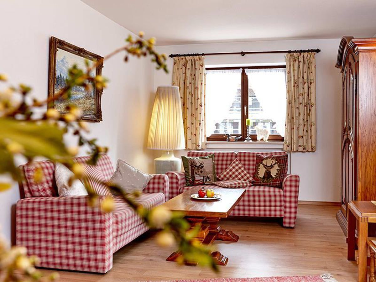 ferienwohnung kirschbaum zugspitz region frau barbara. Black Bedroom Furniture Sets. Home Design Ideas