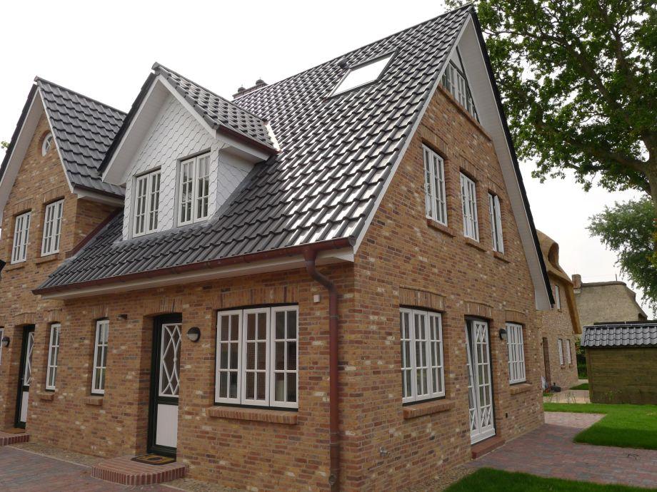 Haus Landleben - Schöne Doppelhaushälfte in Borgsum