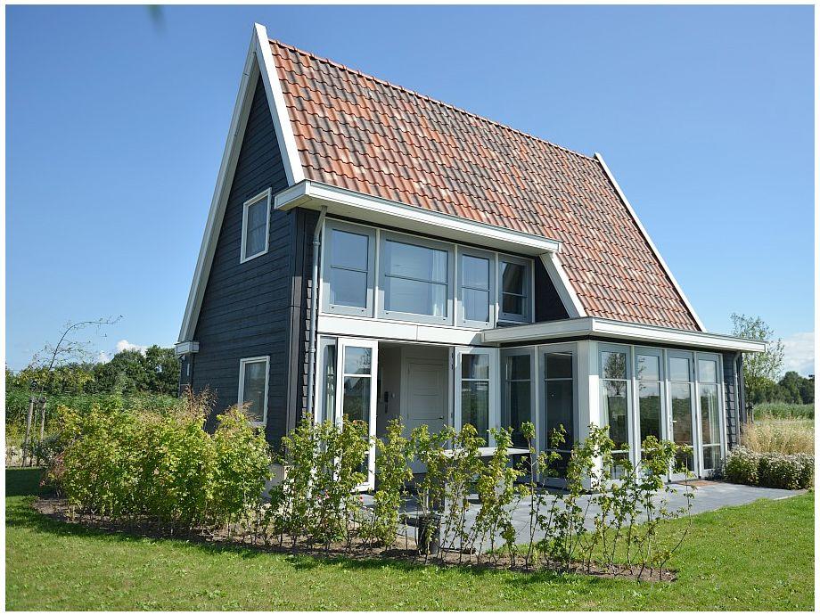 Das Ferienhaus mit gepflegtem Garten