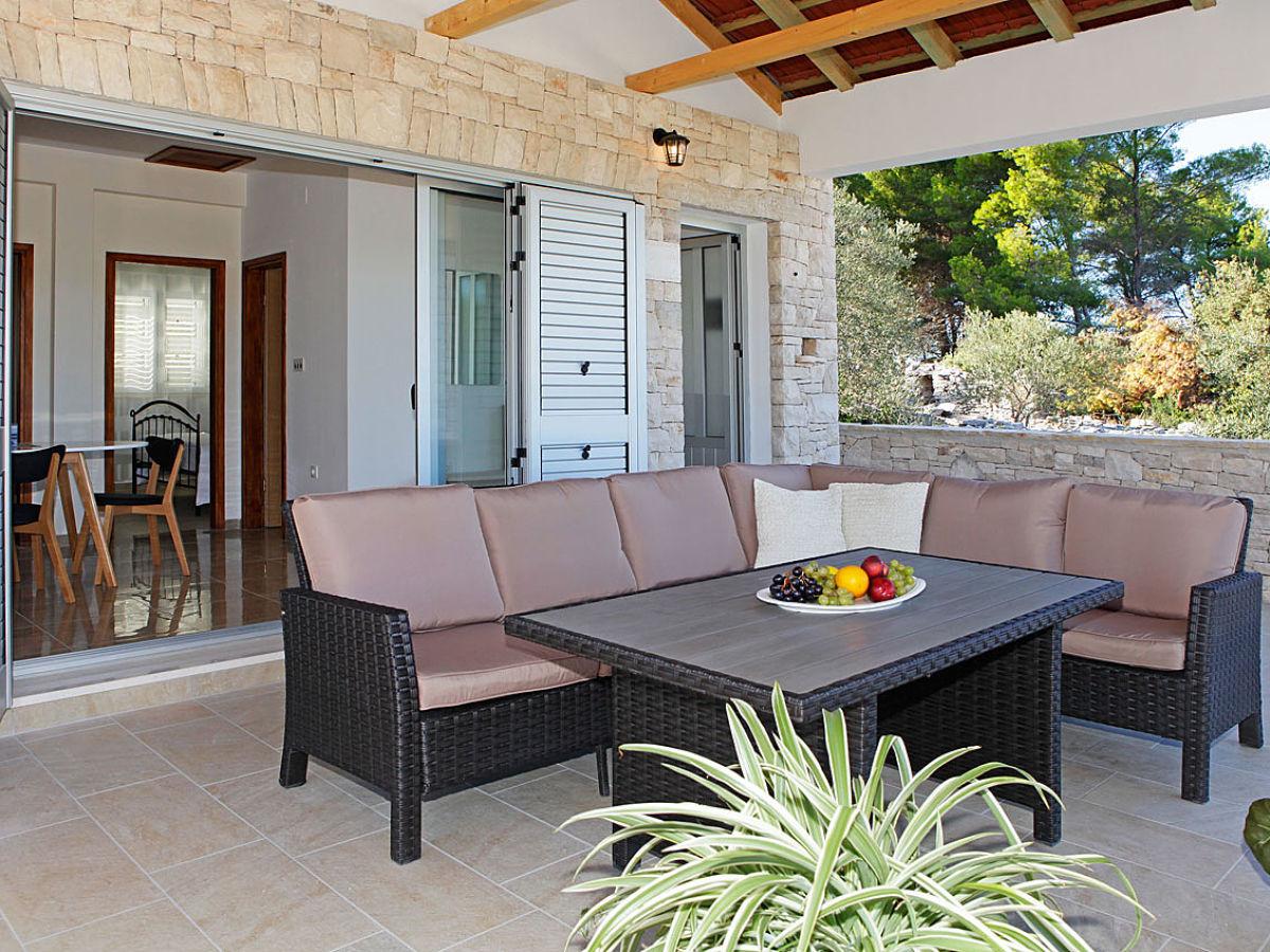 ferienhaus kov850 vela luka kovnici firma mediterano. Black Bedroom Furniture Sets. Home Design Ideas