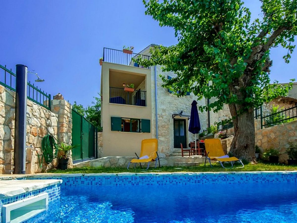 Villa monspinosa istrien firma istria home d o o - Ferienhaus formentera mit pool ...