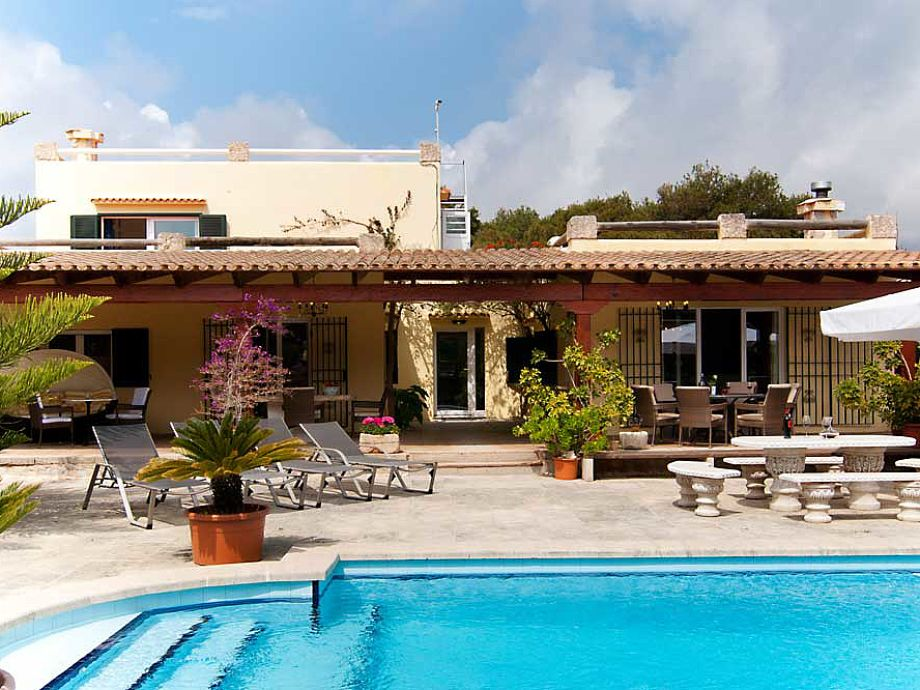 Finca Can Pelara mit Pool
