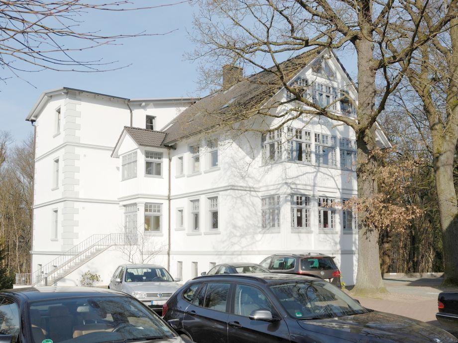 Villa Seeadler, Parkplatz hinter dem Haus