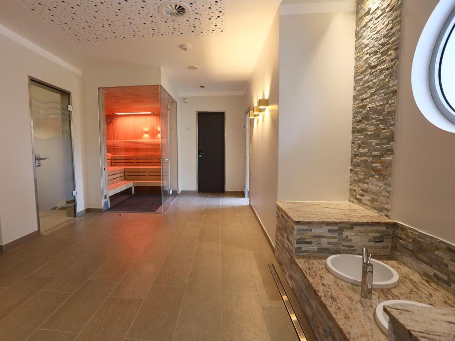 ferienwohnung kapit nssuite elbstrand resort promenadendeck altes land krautsand firma. Black Bedroom Furniture Sets. Home Design Ideas