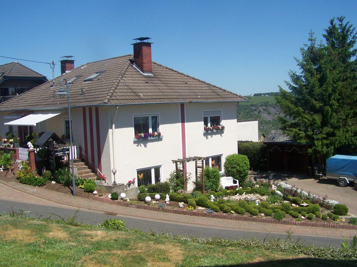 Holiday apartment Haus Rosi, Rhein Loreley - Firma Haus Rosi - Mr ...