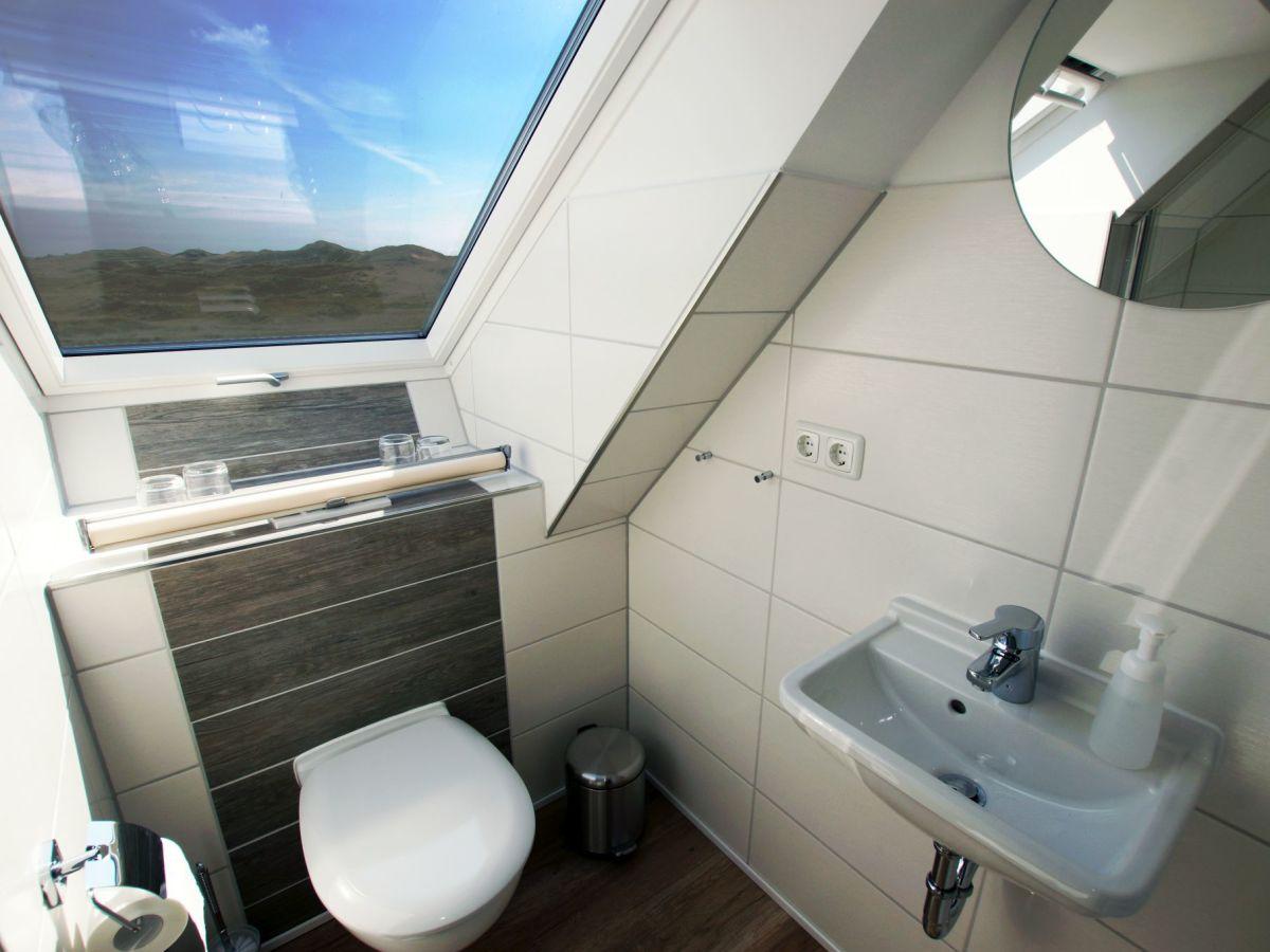 ferienwohnung whg 4 im haus mare cimbria amrum strand. Black Bedroom Furniture Sets. Home Design Ideas