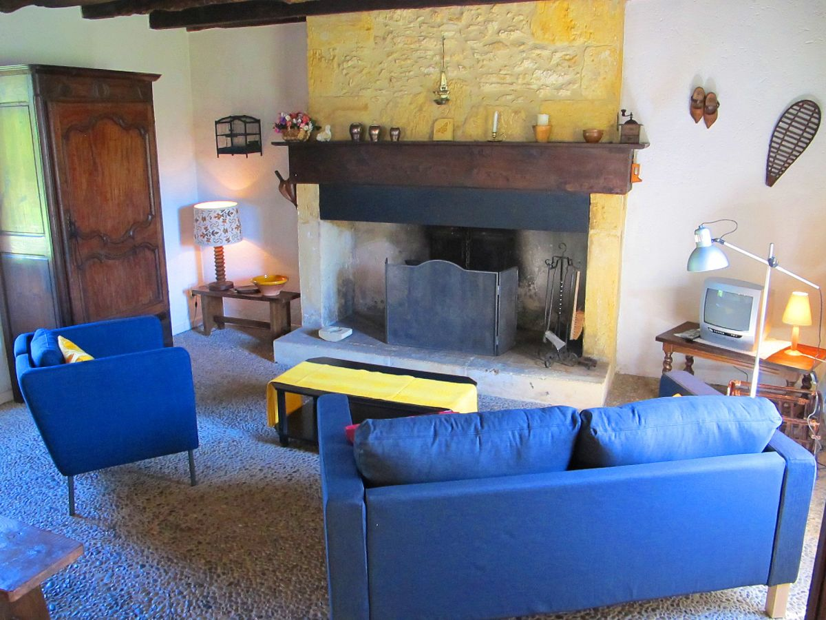 Ferienhaus le roc de mansac 2448 dordogne sainte croix - Eingerichtete wohnzimmer ...