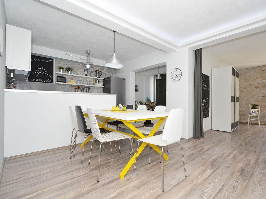 Offene Küche /Wohn-/Essbereich