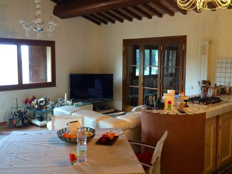 einrichtungsbeispiele wohnzimmer offener küche:wohnzimmer mit offener küche grundriss : Wohnzimmer mit offener