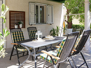 Holiday apartment Bol Adria 1
