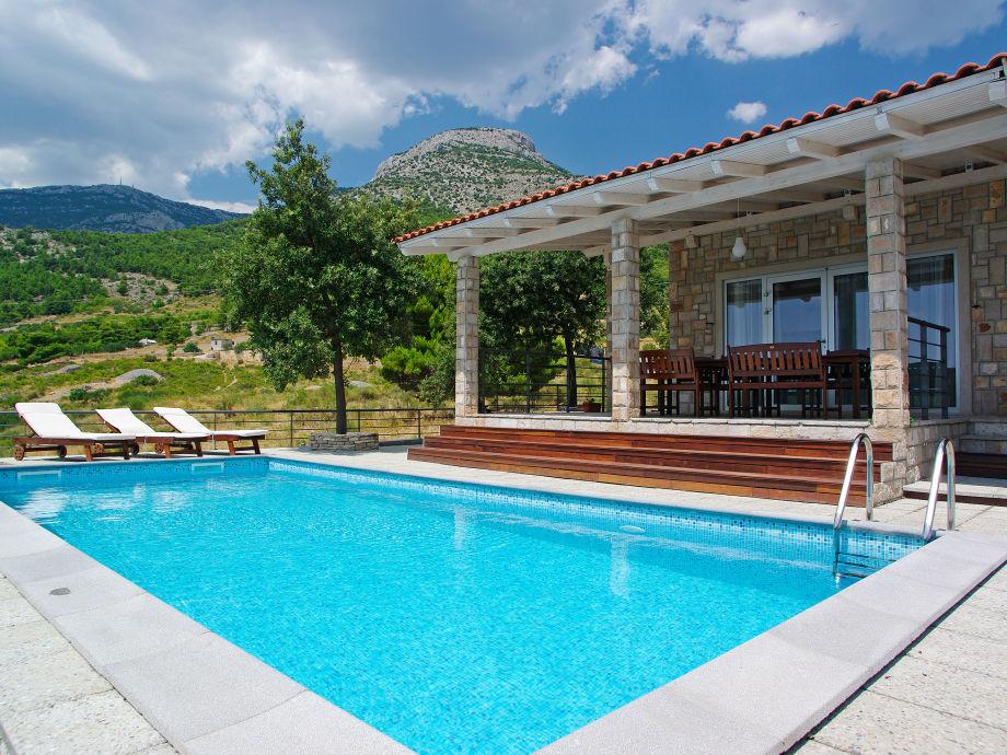 Insel-Brac-Bol-Pool-Villa-Sole-2