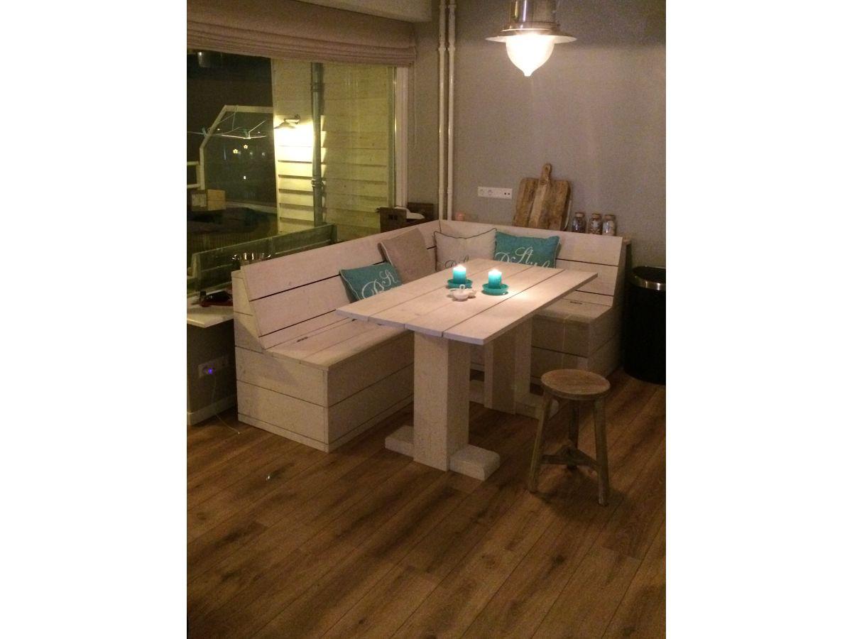 ferienwohnung aloha bollenstreek noordwijk firma peoos frau petra oosterhoff. Black Bedroom Furniture Sets. Home Design Ideas