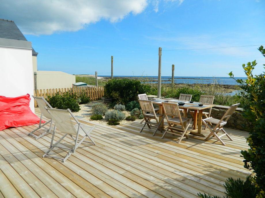 Terrasse mit Zugang zum Strand