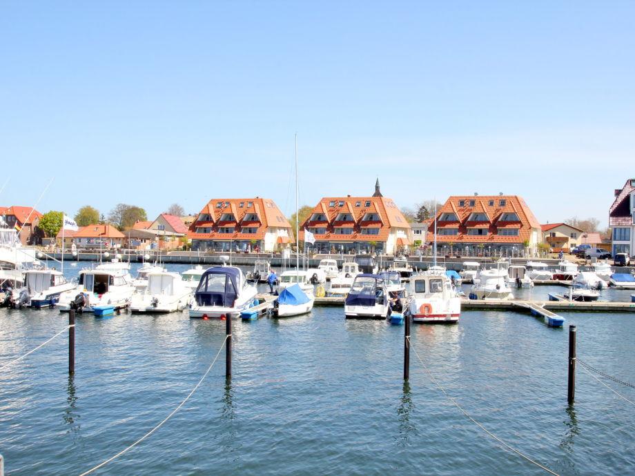 FeWos direkt am Seglerhafen von Wiek