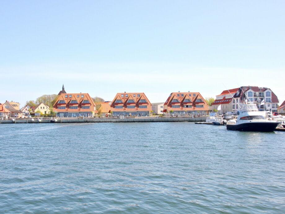 FeWo direkt am Seglerhafen von Wiek