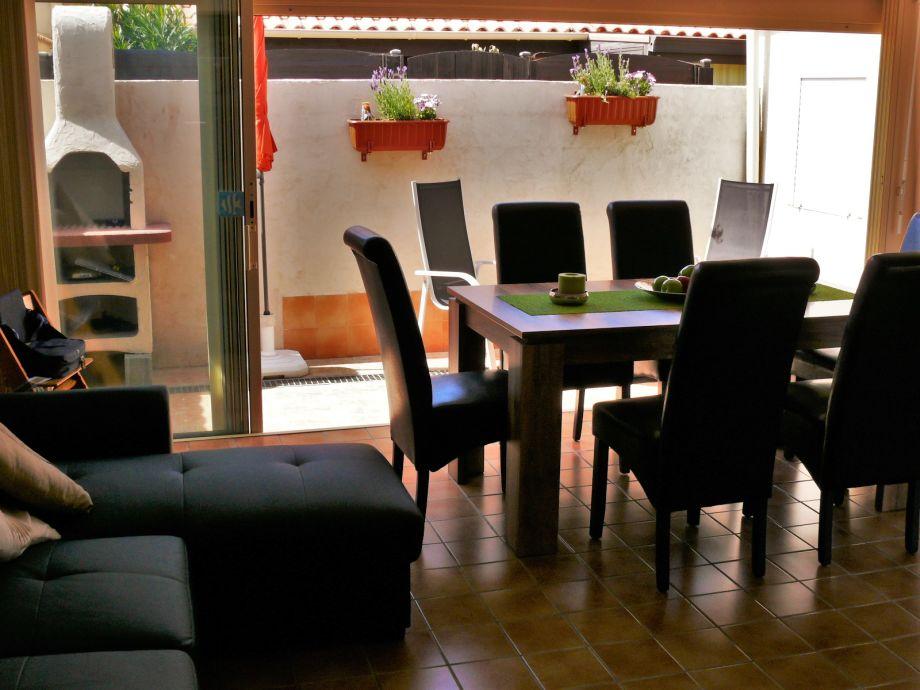 Wohn/Essbereich mit Barbecue