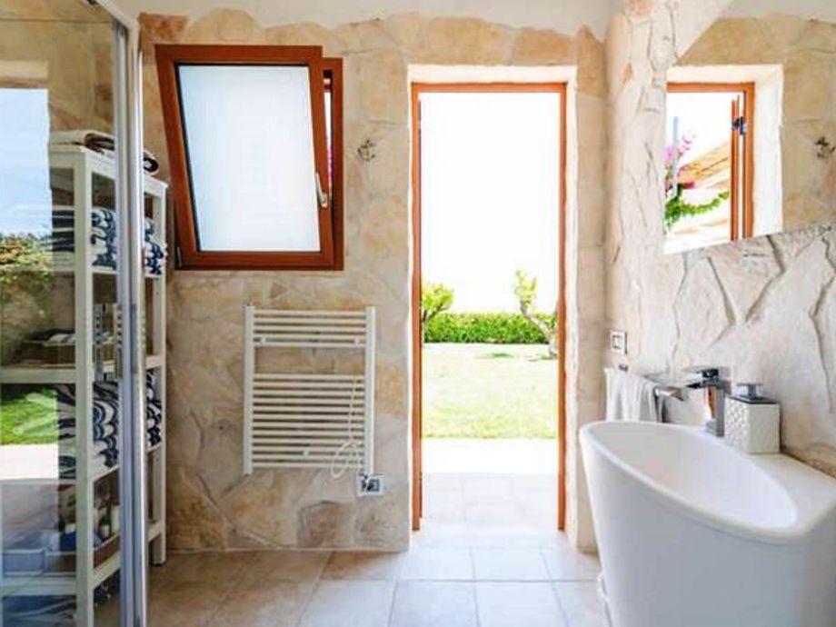 heizung badezimmer mietminderung mietminderung durch schimmel mieter albtraum wir leben seit. Black Bedroom Furniture Sets. Home Design Ideas
