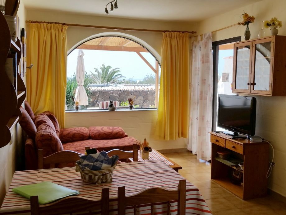 bungalow a9 anlage mit pool fuerteventura frau petra recktenwald. Black Bedroom Furniture Sets. Home Design Ideas