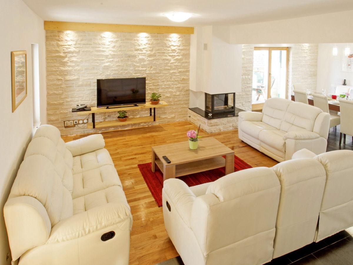 ferienhaus villa adriana zadar nord dalmatien firma i. Black Bedroom Furniture Sets. Home Design Ideas