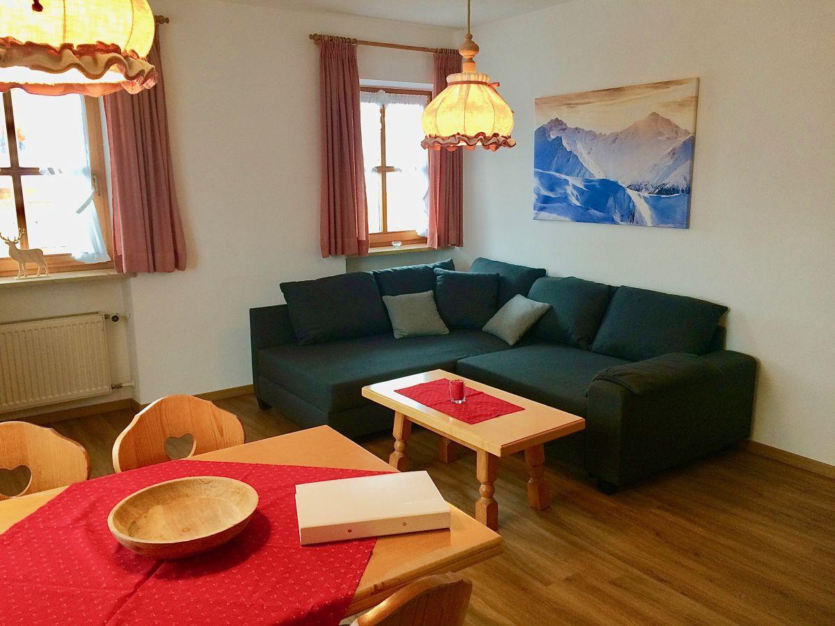 ferienwohnung im landhaus fichtenweg chiemgau firma alpine mietservice herr schmidt. Black Bedroom Furniture Sets. Home Design Ideas