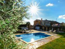 Villa Anna mit Pool