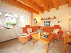 Ferienhaus Doppelhaushälfte Weinrich mit Terrasse A.01