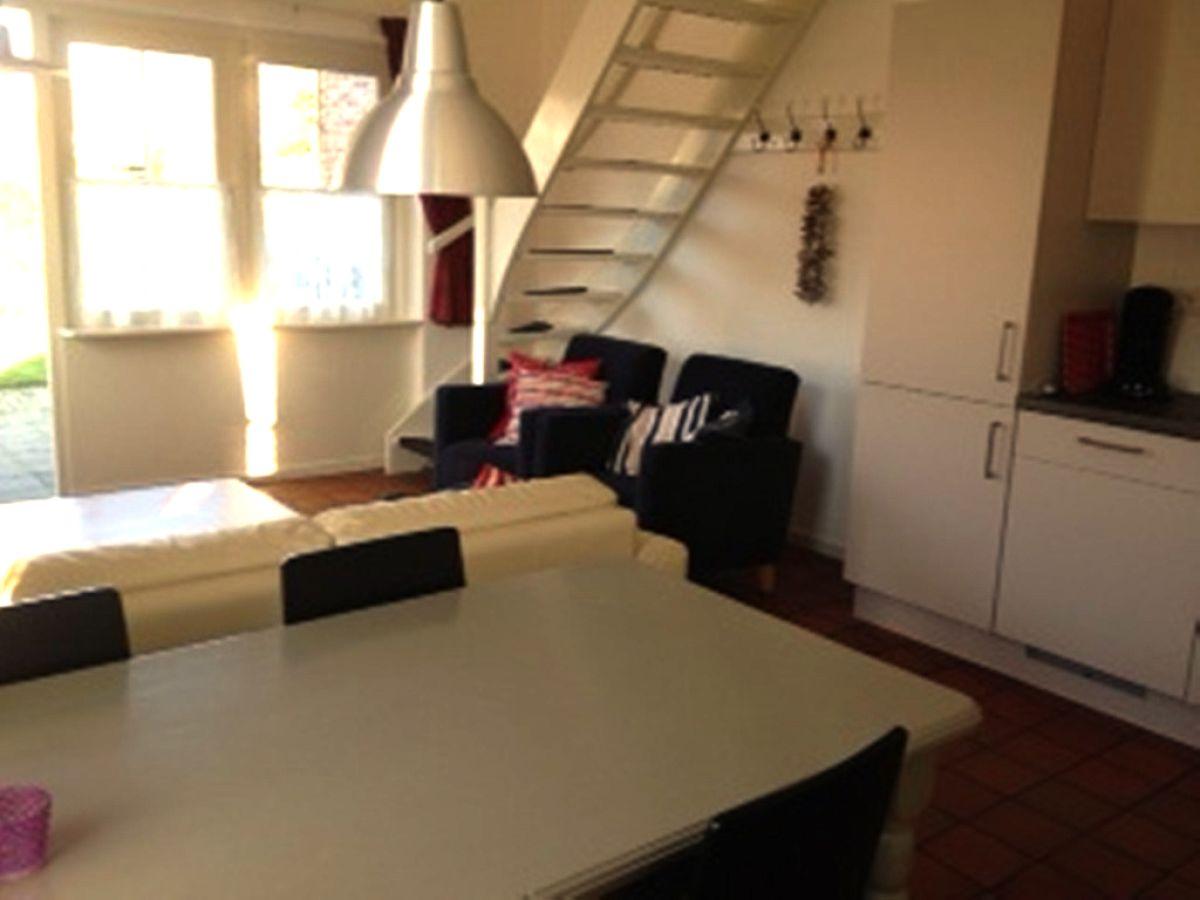 Ferienhaus db420 walcheren domburg firma vvv zeeland for Wohnzimmer mit esstisch