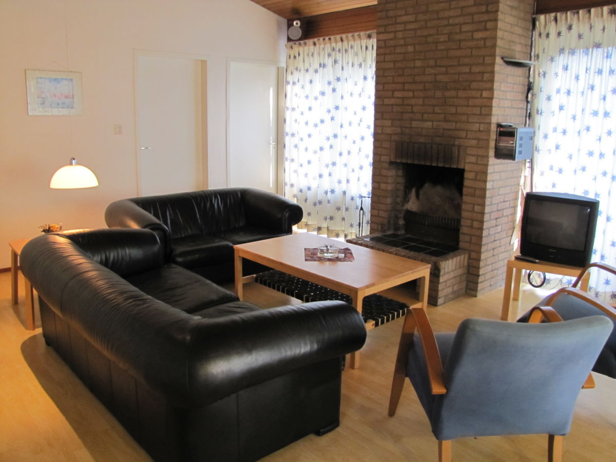 bungalow ok060 walcheren oostkapelle firma vvv zeeland vakantie. Black Bedroom Furniture Sets. Home Design Ideas