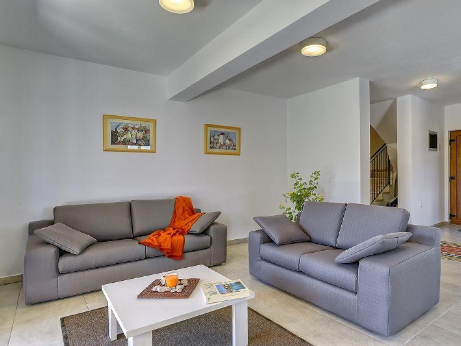 villa 627 istrien firma reiseb ro blaue adria herr. Black Bedroom Furniture Sets. Home Design Ideas