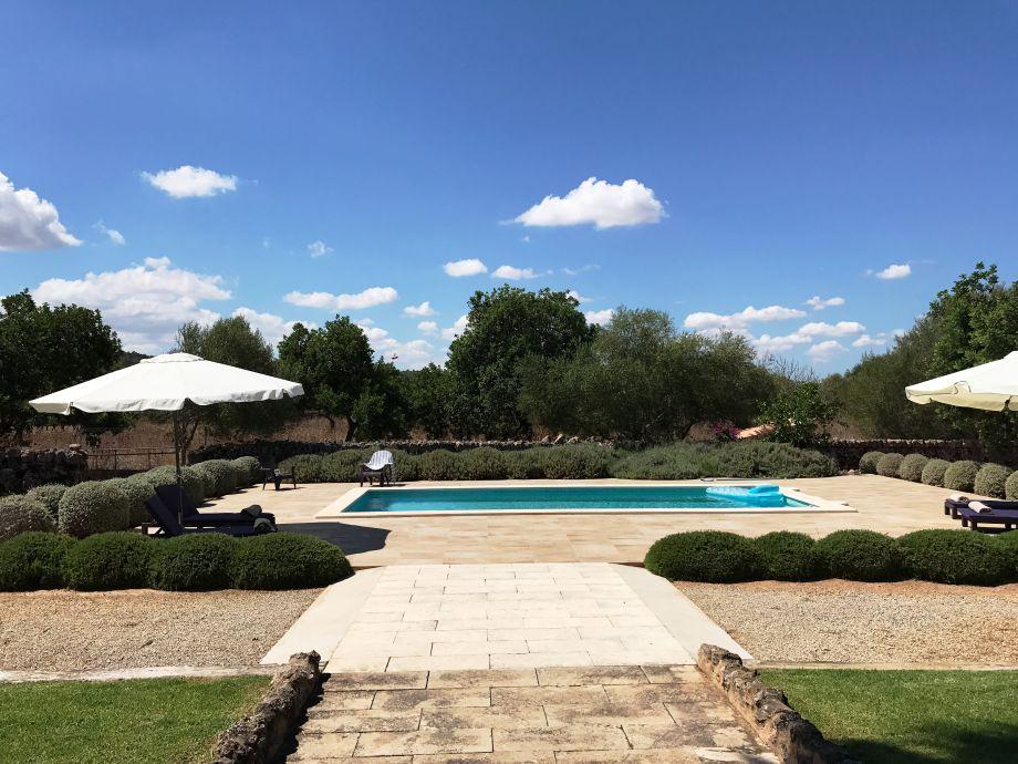 Außenaufnahme Wunderschönes Ferienhaus mit Pool - 41