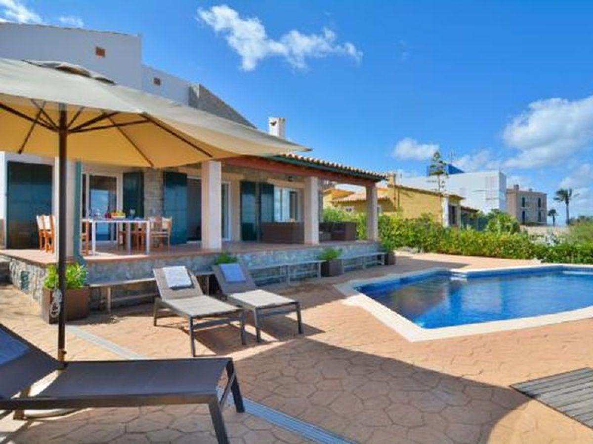 Villa es calo 37 mallorca firma spain rentals for Ferienhaus mit pool