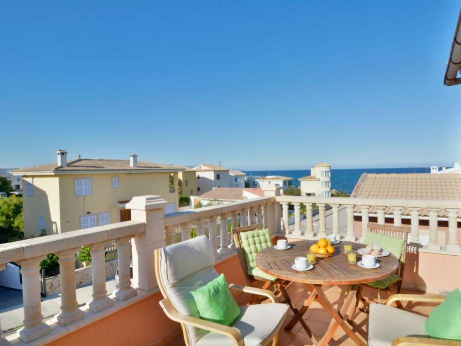 Wunderbare Terrasse mit atemberaubender Aussicht