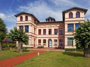Ferienwohnung 09 in exklusiver Villa Maria in Koserow