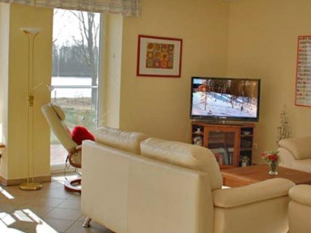 K Che Wohn Und Esszimmer wohnzimmer mit fernseher zwischen wohn und esszimmer innenarchitektur und möbelideen