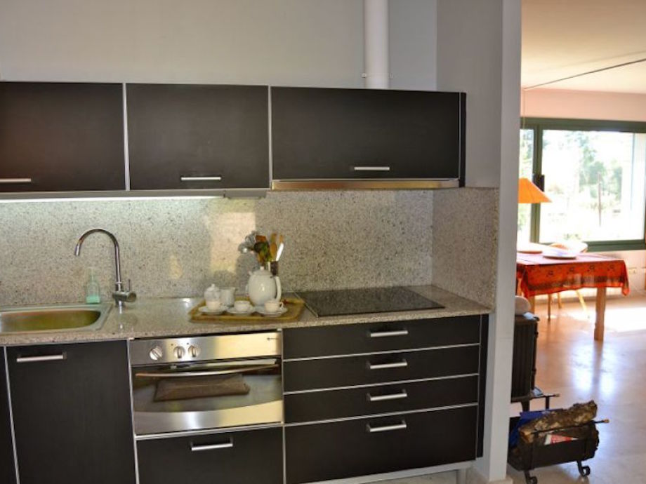 ferienhaus calafell begur firma domus begur serveis. Black Bedroom Furniture Sets. Home Design Ideas