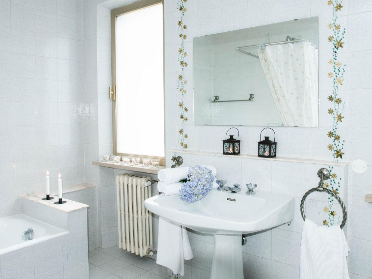 ferienhaus villa ricci pistoia umgebung pescia. Black Bedroom Furniture Sets. Home Design Ideas