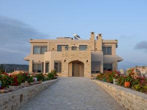 Villa Xenophon