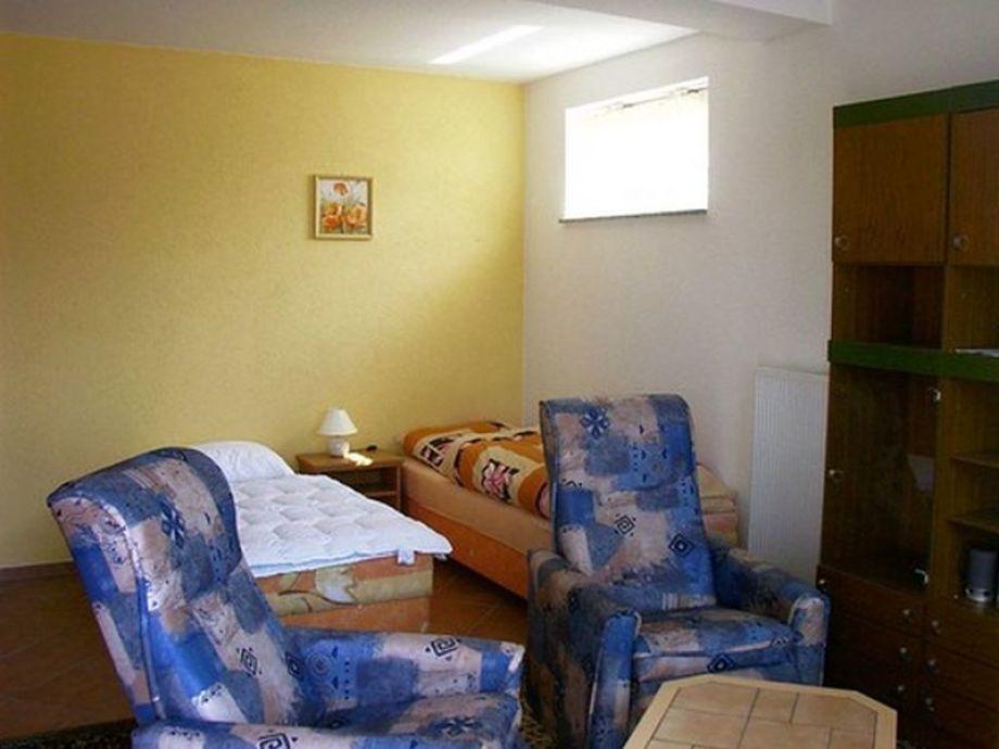 ferienwohnung in breege r gen breege firma ferienhausvermietung mecklenburg vorpommern. Black Bedroom Furniture Sets. Home Design Ideas