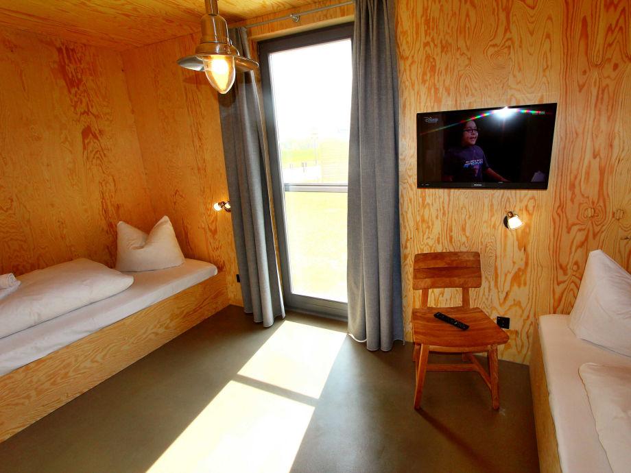 ferienhaus freistehendes luxus ferien haus sonnendeck. Black Bedroom Furniture Sets. Home Design Ideas