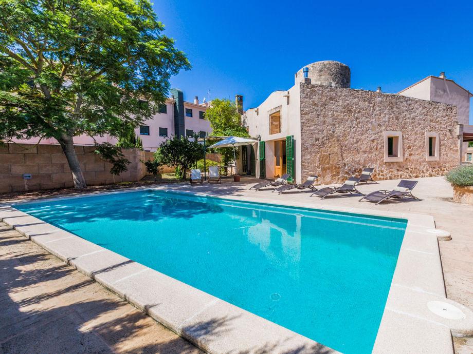 Villa mit Sonnenpool
