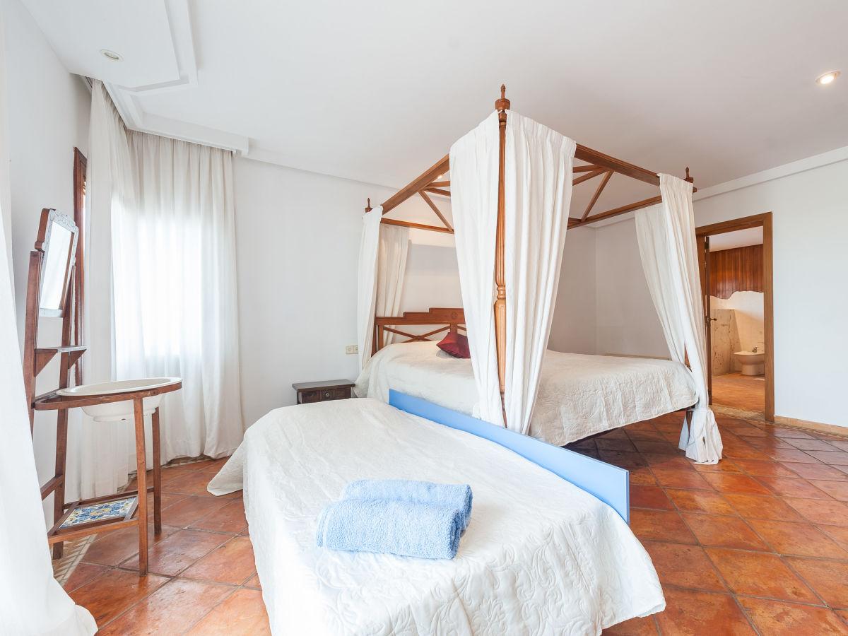 villa can morello 1184 mallorca arta firma villafinca. Black Bedroom Furniture Sets. Home Design Ideas