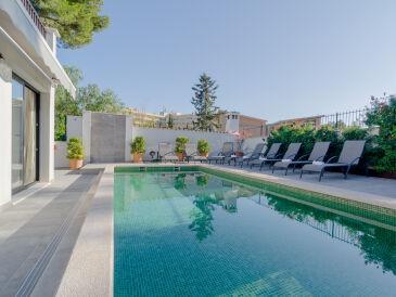 Villa Fantastic - 1225