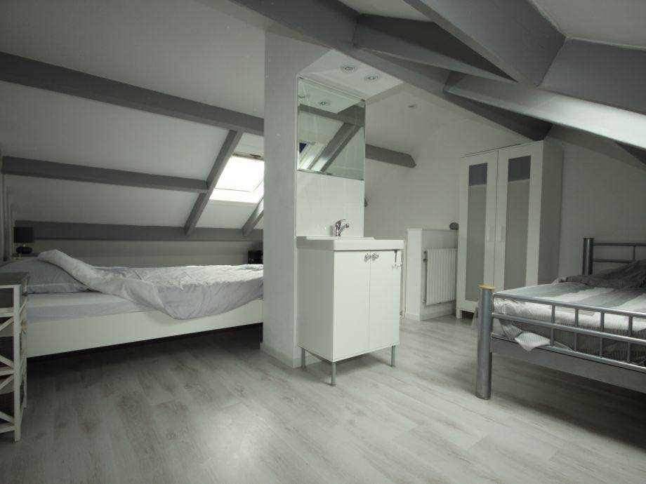 Dusche Unter Dem Dach : Apartment Schorrebloem 21, Zeeland, Nieuwvliet – Firma Verhuurburo