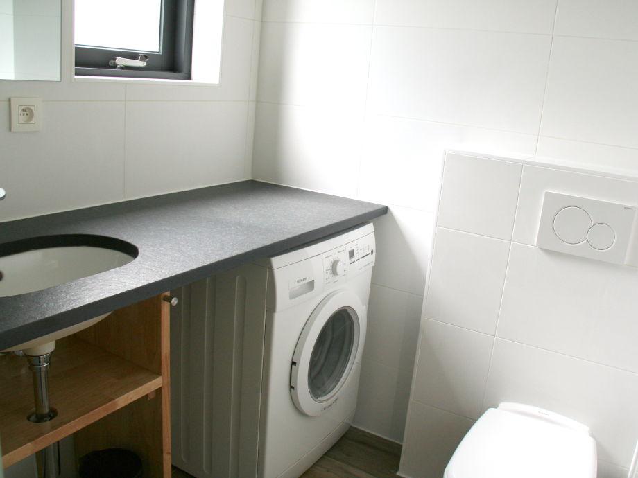 ferienwohnung lamsoor 9a niederlande zeeland nieuwvliet bad firma verhuurburo nieuwvliet. Black Bedroom Furniture Sets. Home Design Ideas