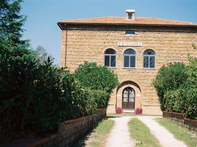 Saturnia in der Villa Pietramora