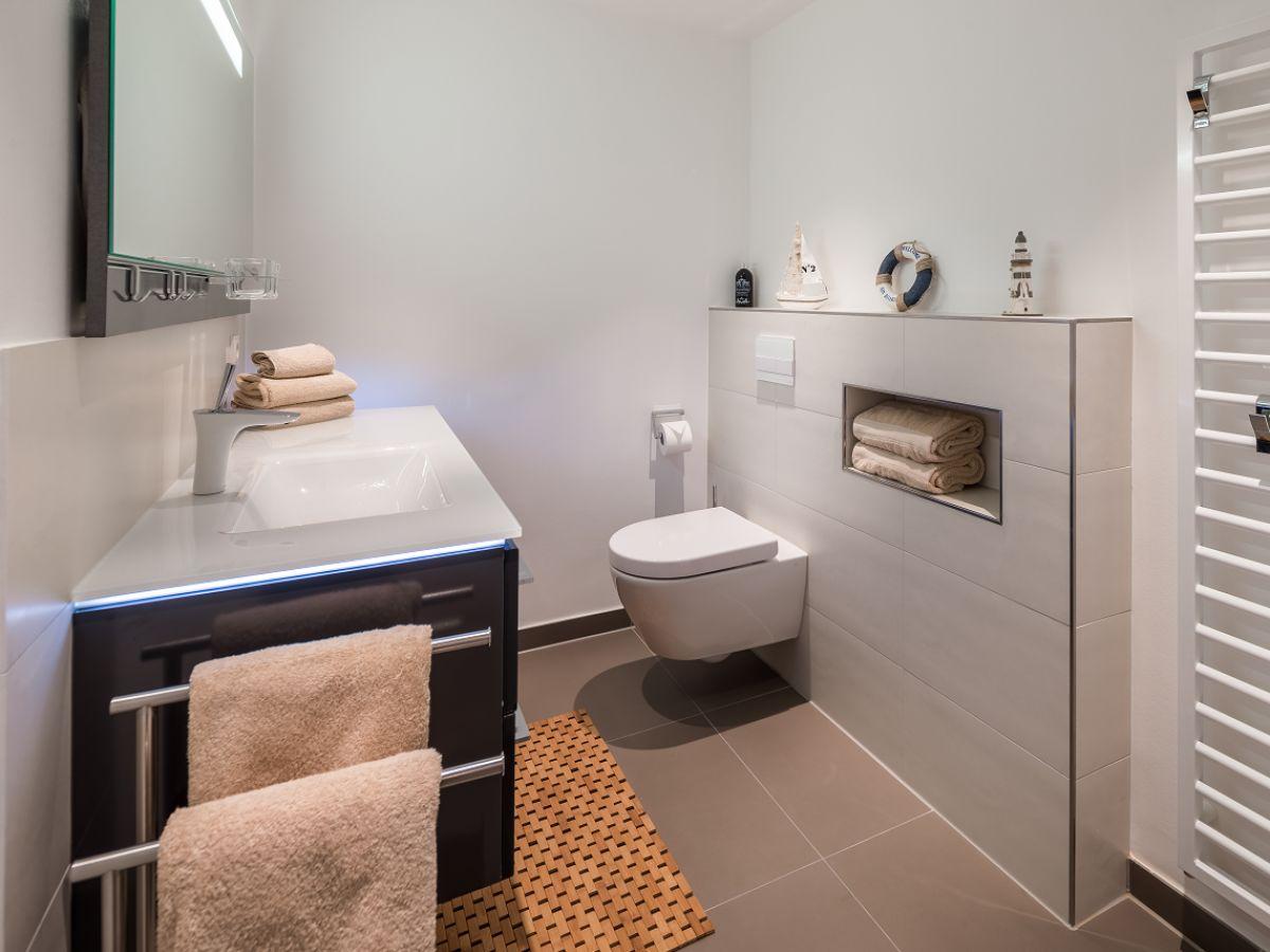 ferienwohnung haus dujardin wg 13 niedersachsen norden firma vermiet und hausmeisterservice. Black Bedroom Furniture Sets. Home Design Ideas