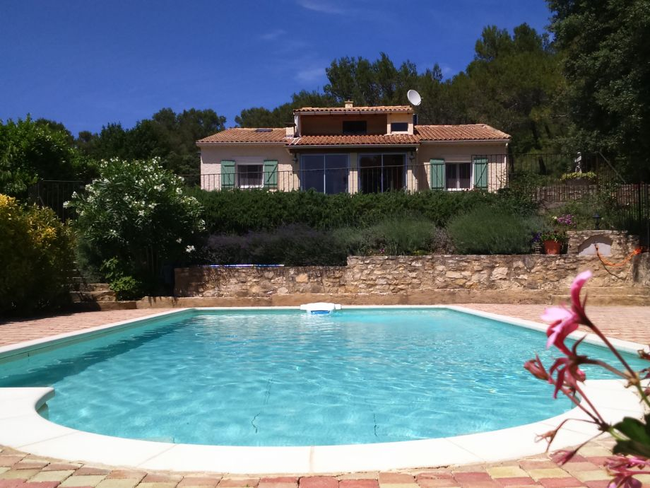 Villa mit privatem umzäunten Pool