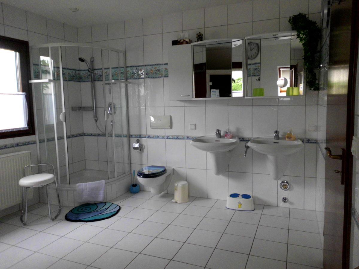 ferienwohnung schwabe nationalpark hainich weltnaturerbe baumkronenpfad firma komfort. Black Bedroom Furniture Sets. Home Design Ideas