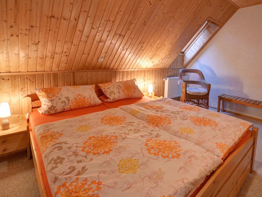 ferienwohnung schalling mittleres erzgebirge frau claudia schalling. Black Bedroom Furniture Sets. Home Design Ideas